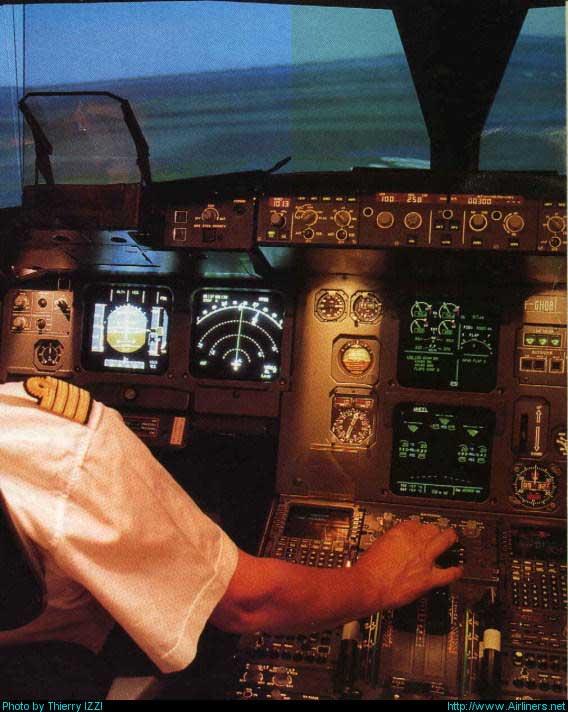 http://www.headupflight.net/Images%20diverses/A320simuHUD.jpg